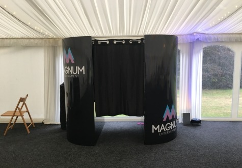 dj and photo booth hire near me
